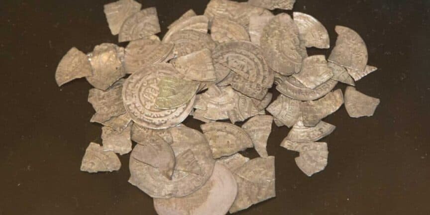 Rare-Viking-Silver-Treasure-of-the-Danish-King-Bluetooth-found-in-northern-Germany
