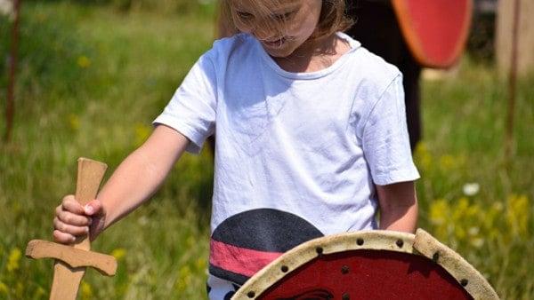 Viking-children-childhood-kids-vikingage-vikings-scandinavia-facts