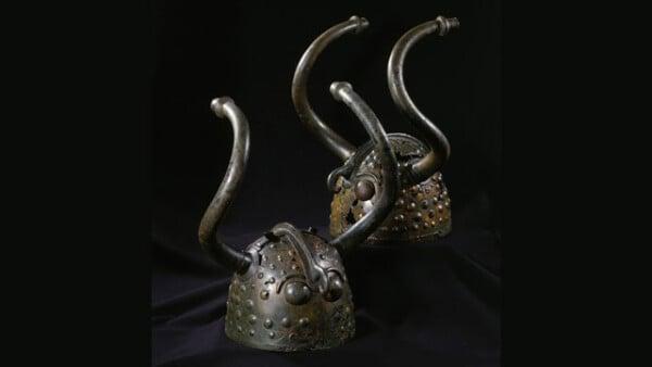 horns-helmets-veksø-denmark-religious-symbols-cremonies-pre-viking-age