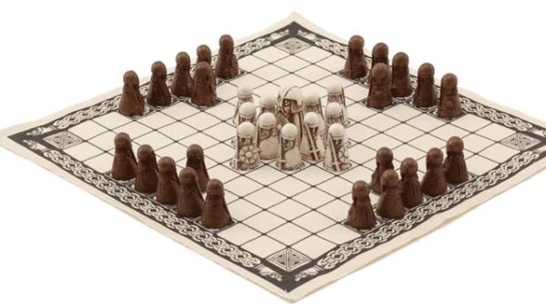 viking-entertainment-facts-fun-vikings-games-ancient-boardgames-hnefatafl