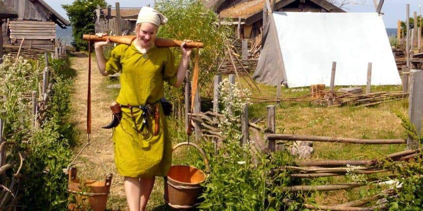 viking-women-life