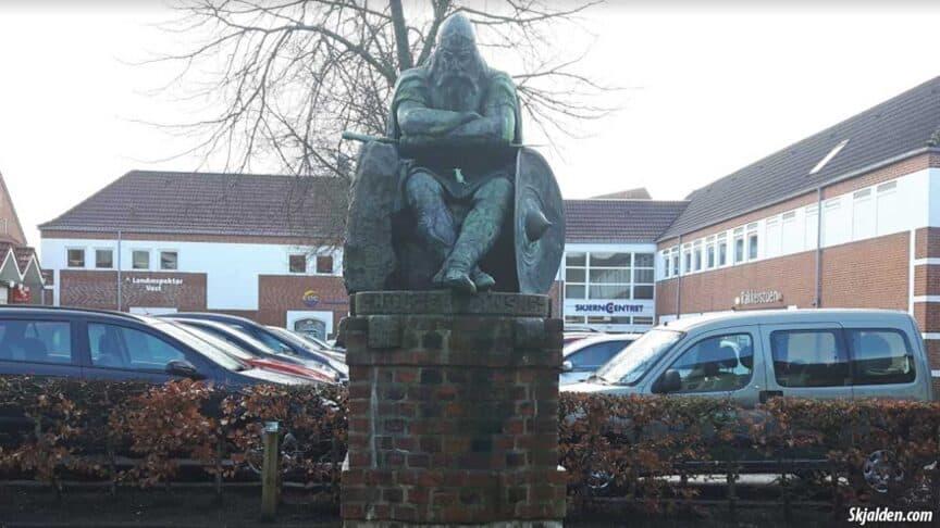 ogier-the-dane-statue-skjern