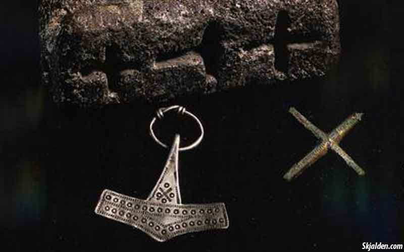 cross-thors-hammer-mold